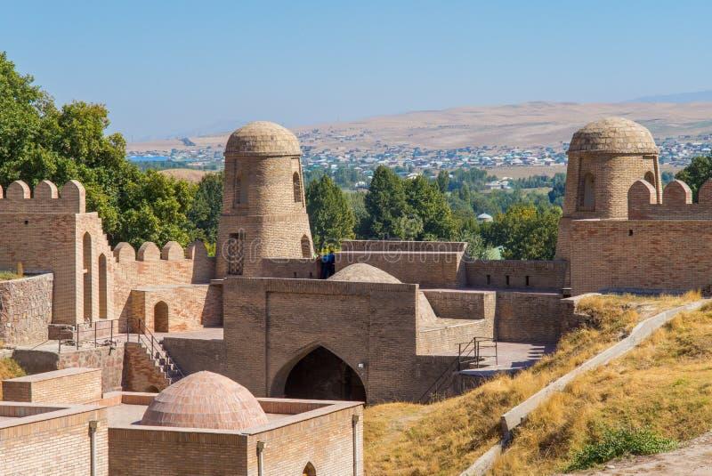 Widok Hisor forteca w Tajikistan, ?rodkowy Azja obrazy royalty free