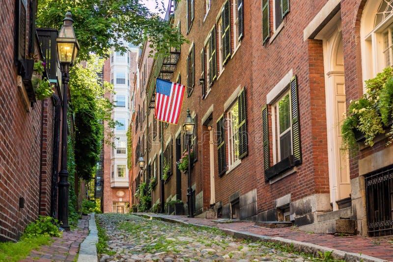 Widok historyczna Acorn ulica w Boston zdjęcie royalty free