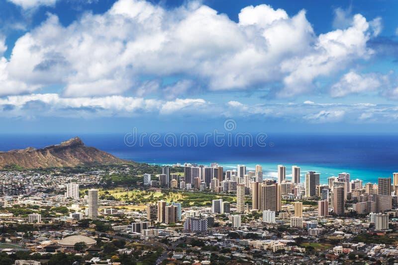 Widok Honolulu miasto, Waikiki i diament, Przewodzimy od Tantalus punktu obserwacyjnego, Oahu zdjęcia stock