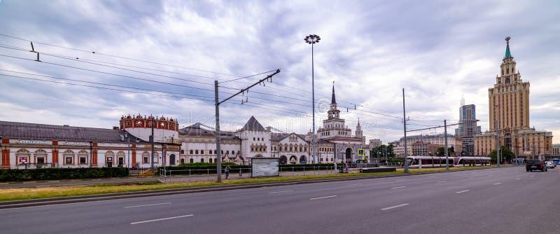 Widok Hotelowy Leningradskaya, Kazan stacja, Komsomolskaya kwadrat w Moskwa, obraz royalty free