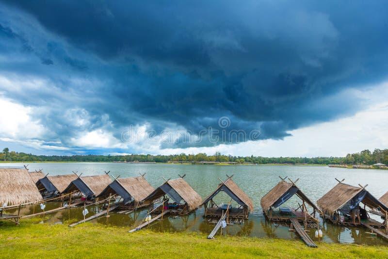 Widok Huay Dzwonił Tao jezioro w Chiang Mai, Tajlandia zdjęcie royalty free