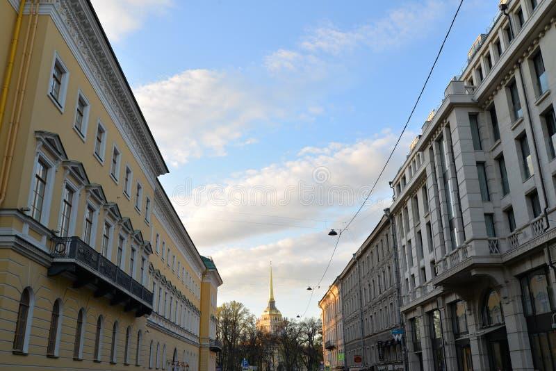 Widok iglica admiralicja w Voznesensky perspektywie, obraz royalty free