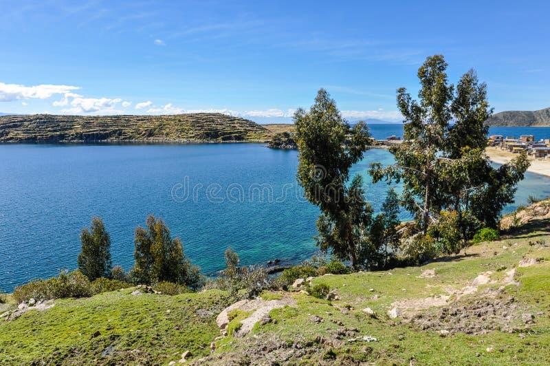 Widok Isla Del Zol na Jeziornym Titicaca w Boliwia zdjęcia royalty free