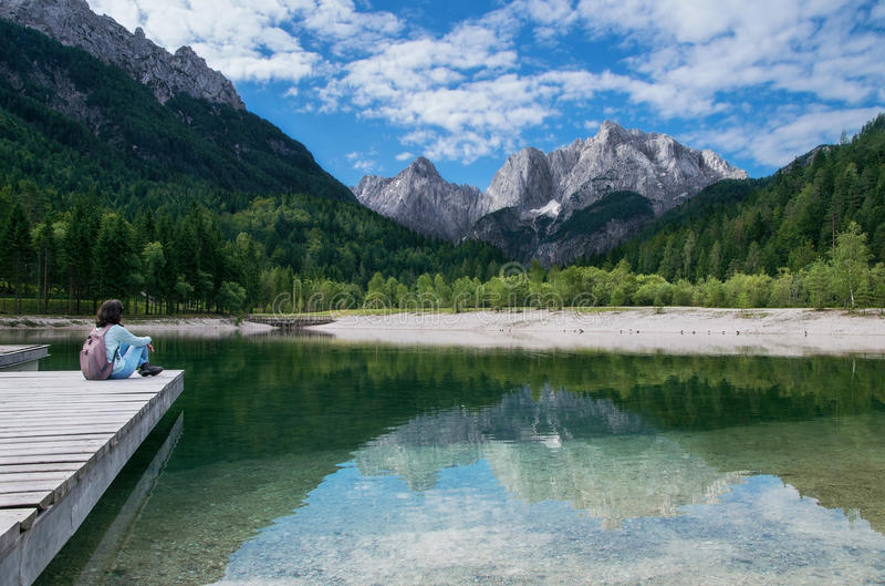Widok Juliańscy Alps od Kranjska Gora, Slovenia zdjęcie stock