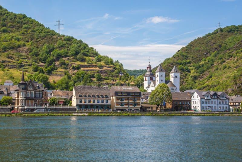 Widok Karden Treis-Karden przy Moselle panoramą obrazy stock