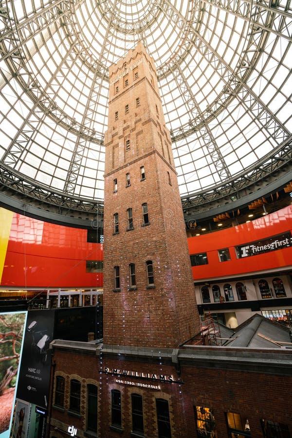 Widok klatka strzału wierza przy Melbourne środkowym centrum handlowym w Melbourne Wiktoria Australia zdjęcie stock