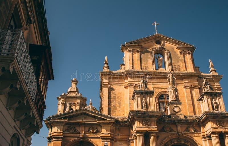 Widok ko?ci?? St Nicholas w Siggiewi, Malta obrazy royalty free