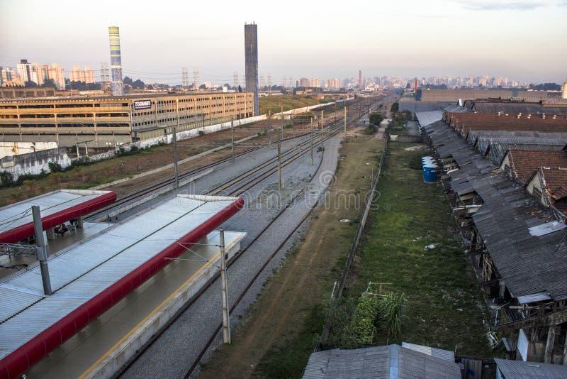 Widok Kolejowi ślada i platforma Tamanduatei stacja zdjęcia royalty free