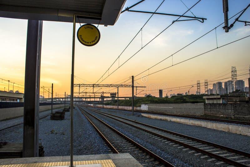 Widok Kolejowi ślada i platforma Tamanduatei stacja zdjęcia stock