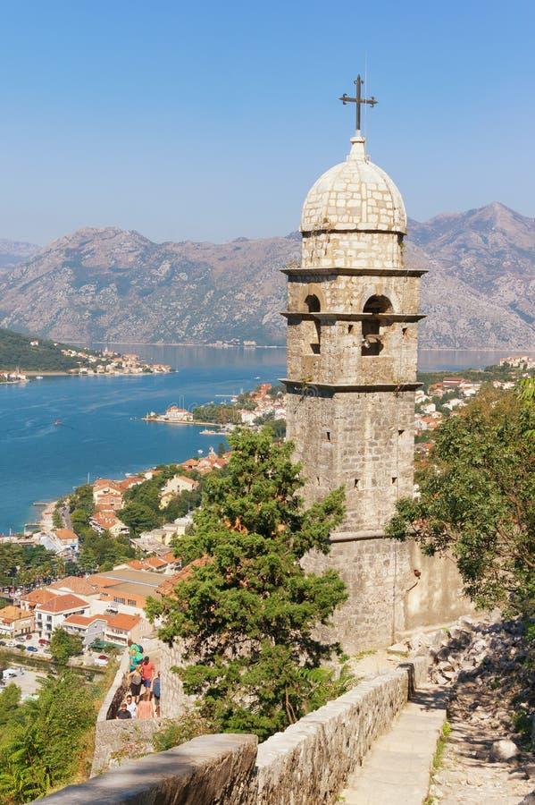 Widok Kotor miasto i kościół Nasz dama remedium Montenegro fotografia royalty free