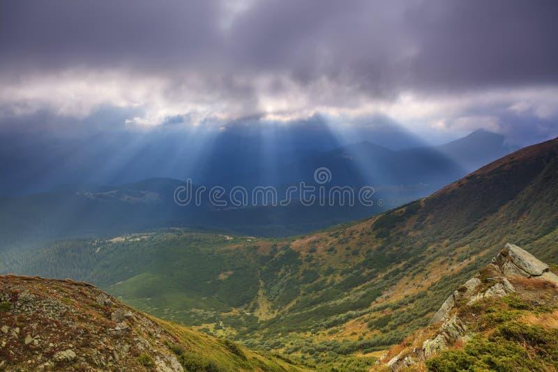 Widok krajobraz z górami fotografia royalty free