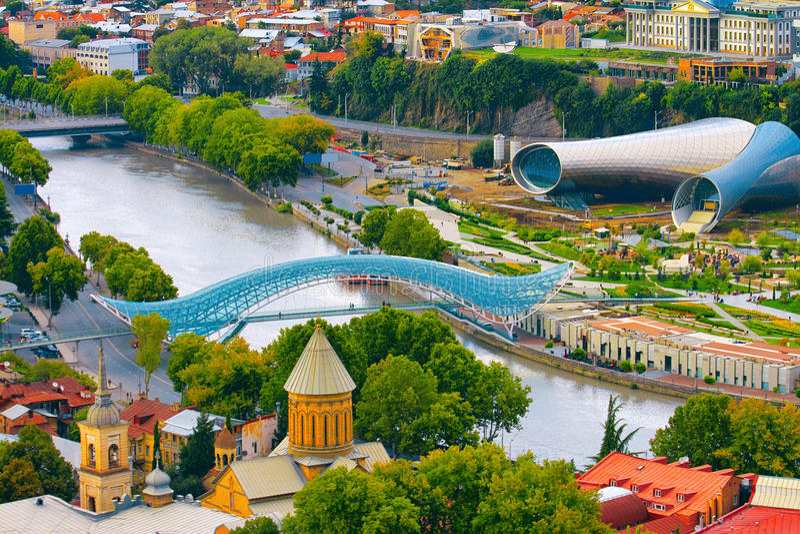 Widok Kura rzeka w Tbilisi, Gruzja fotografia royalty free