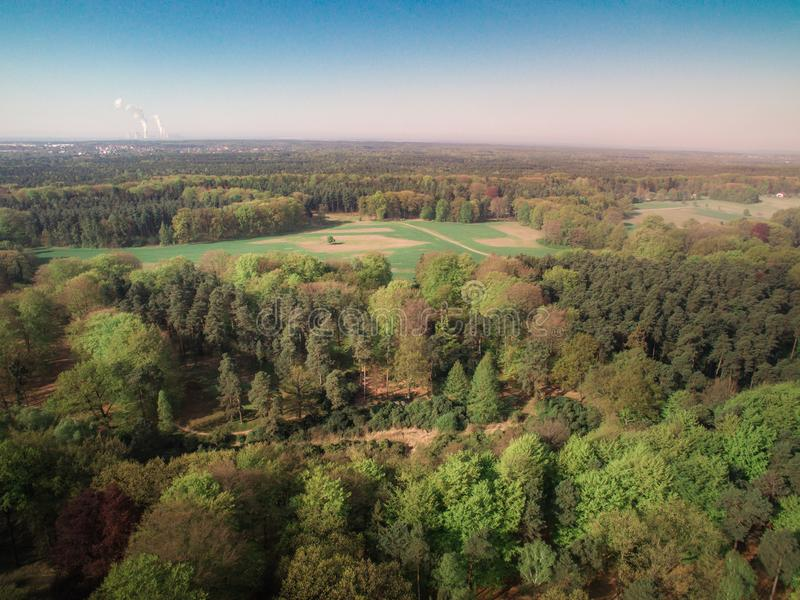 Widok las od wzrosta i rzeka zdjęcia stock