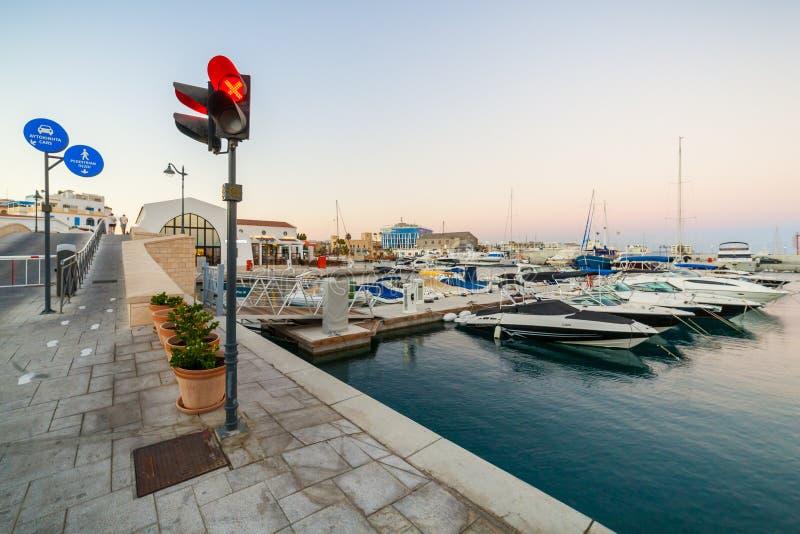 Widok Limassol Stary port przy zmierzchem fotografia royalty free