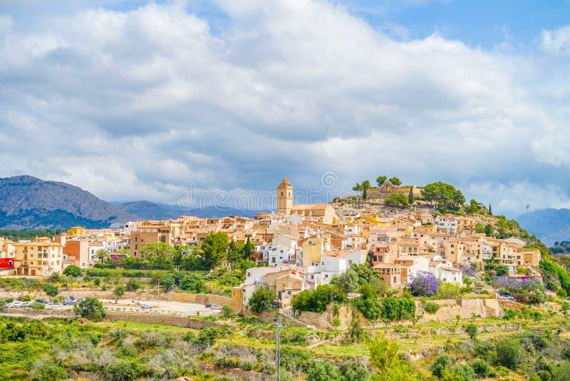 Widok mała górska wioska Polop, Hiszpania fotografia royalty free
