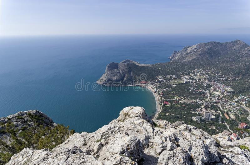 Widok mała zatoka z wierzchu góry crimea zdjęcia royalty free