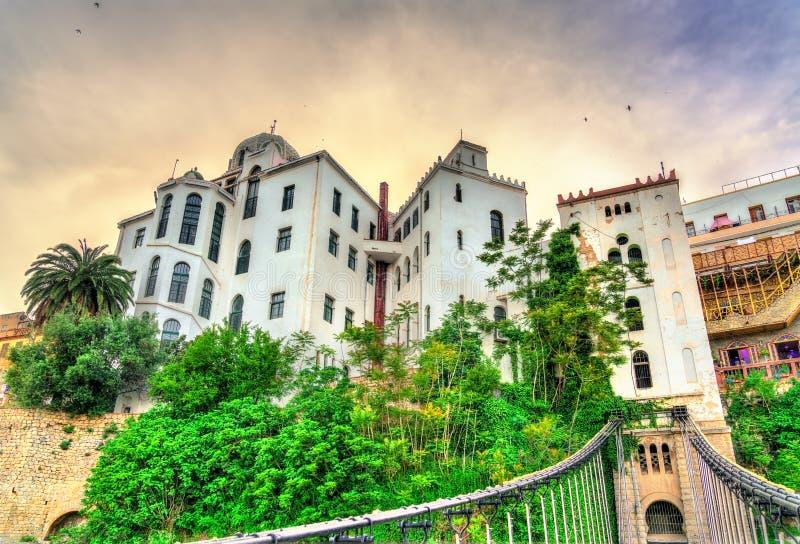 Widok Madrasa od Melha Slimane Footbridge w Constantine, Algieria zdjęcie royalty free