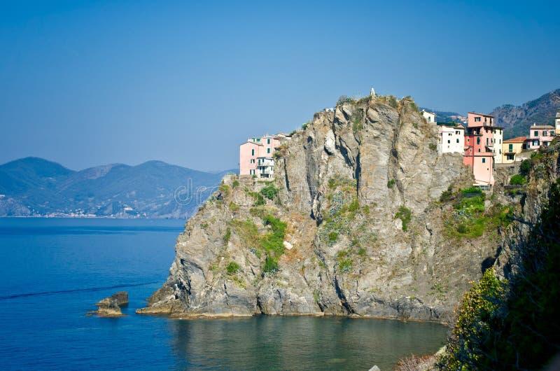 Download Widok Manarola, Włochy obraz stock. Obraz złożonej z seascape - 28956307
