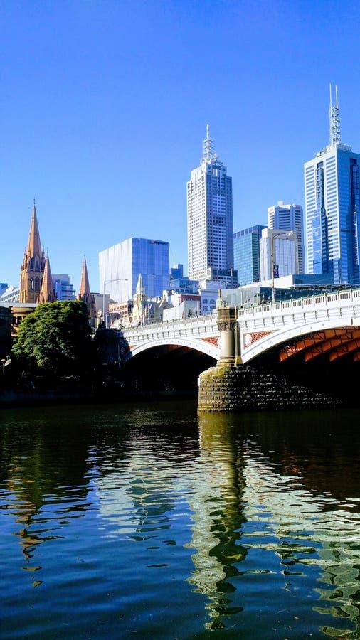 Widok Melbourne ` s CBD od Yarra rzeki fotografia stock