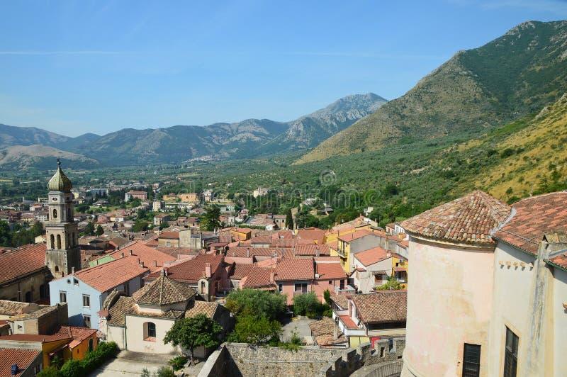 Widok miasteczko Venafro, w Molise regionie zdjęcie royalty free