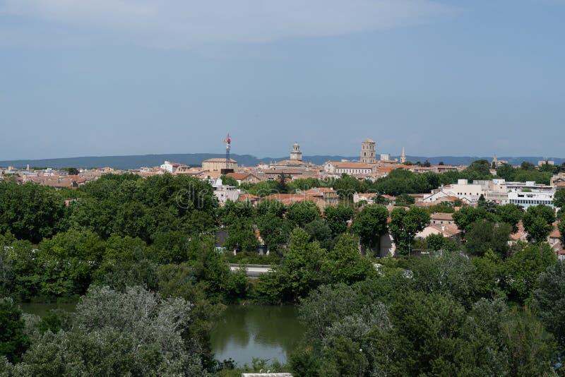 Widok miasto Arles w Provence zdjęcie stock