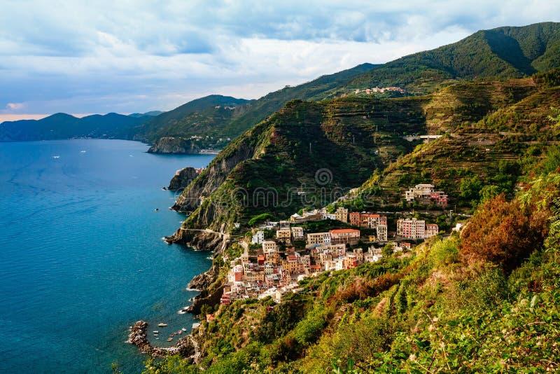 Widok miasto Manarola Cinque Terre park narodowy, Liguria Włochy zdjęcie stock