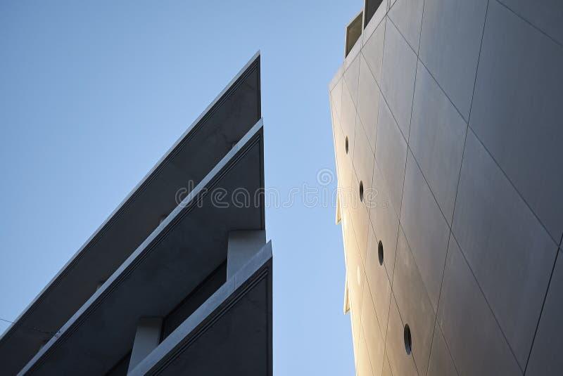 Widok Microsoft i Fondazione Feltrinelli budynki zdjęcie stock