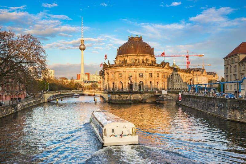 Widok Muzealna wyspa w Berlińskim Niemcy obraz stock