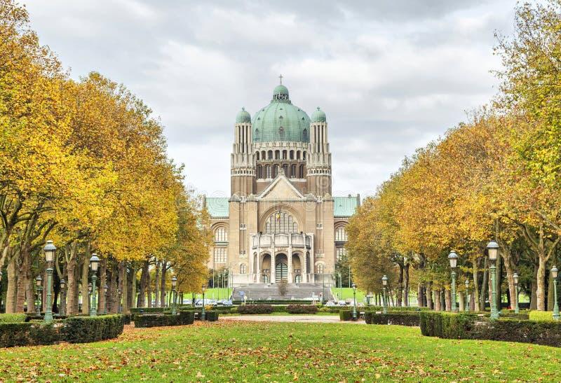 Widok na bazylice Święty serce od Elisabeth parka fotografia royalty free