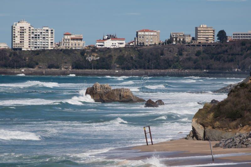 Widok na Biarritz od falez nabrzeżna ścieżka w bidart, baskijski kraj, France fotografia stock