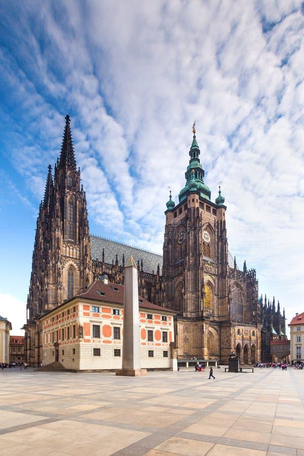 Widok na katedrze na Hradcany. Praga, republika czech. zdjęcie stock