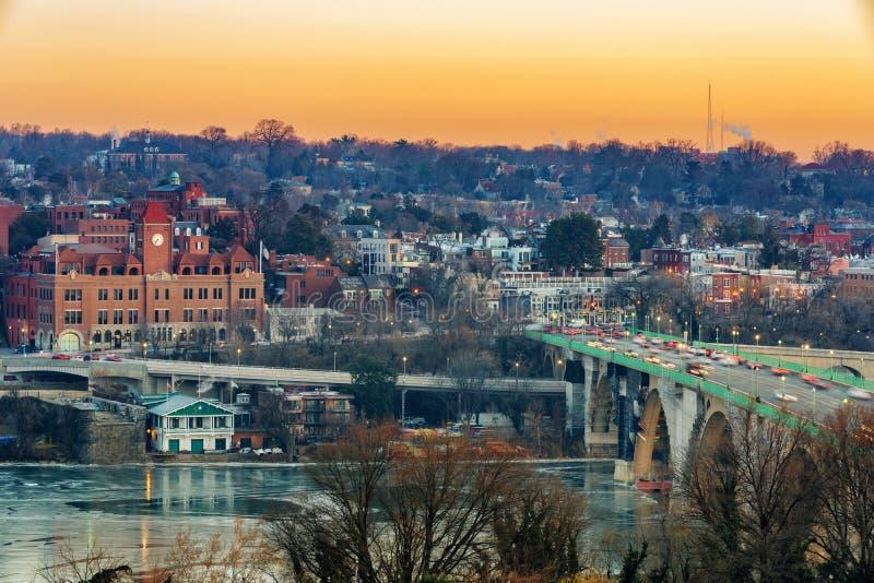 Widok na klucza Potomac i mostu rzece w washington dc przy zima rankiem obrazy stock