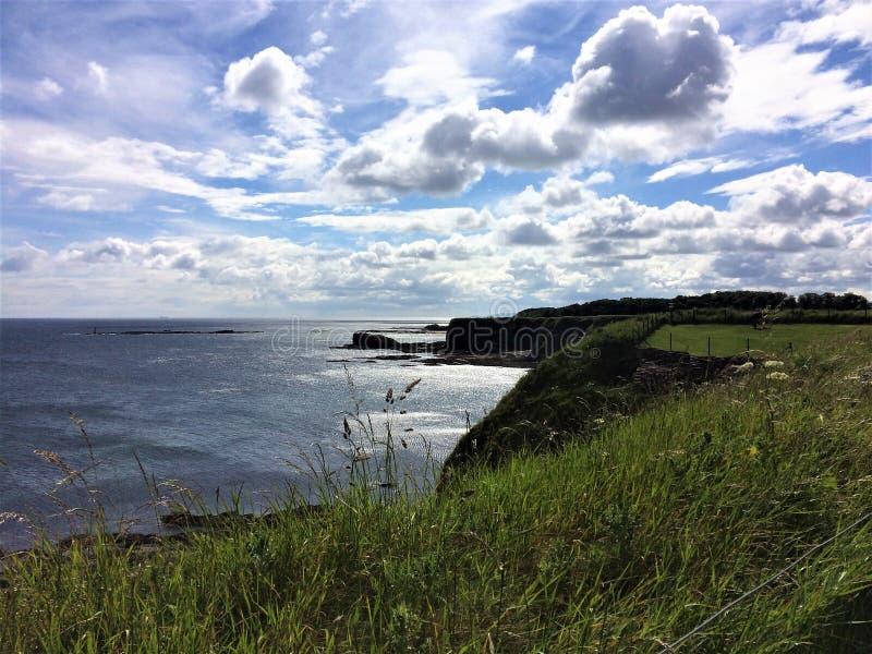 Widok na ocean z zadziwiającą linią horyzontu obrazy royalty free