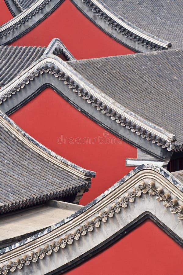 Widok na ozdobnych dachach antycznej świątyni kompleks, Chengde, Chiny obraz royalty free