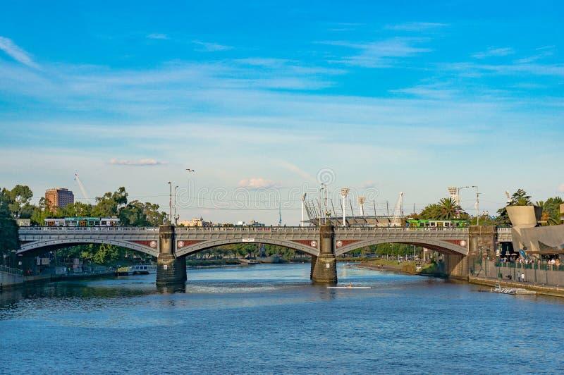 Widok na Princess most nad Yarra rzeką w Melbourne zdjęcie stock
