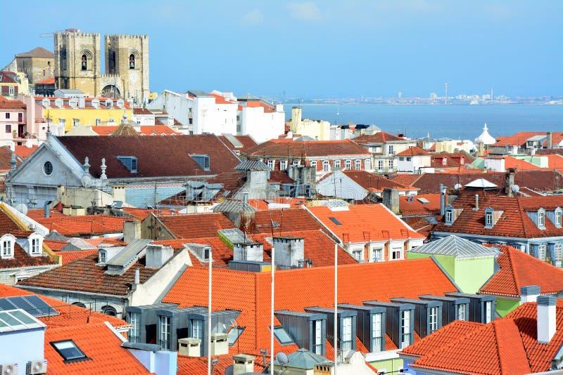 Widok na starym grodzkim Alfama w Lisbon, Portugalia fotografia royalty free