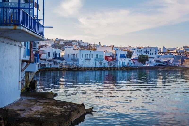 Widok na statkach w portowym Piraeus zdjęcia royalty free