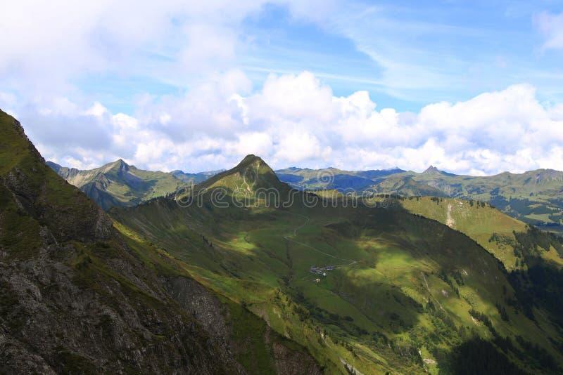 Widok na szczycie górskim obraz stock