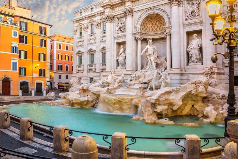 Widok na Trevi fontannie w Rzym, Włochy zdjęcie royalty free