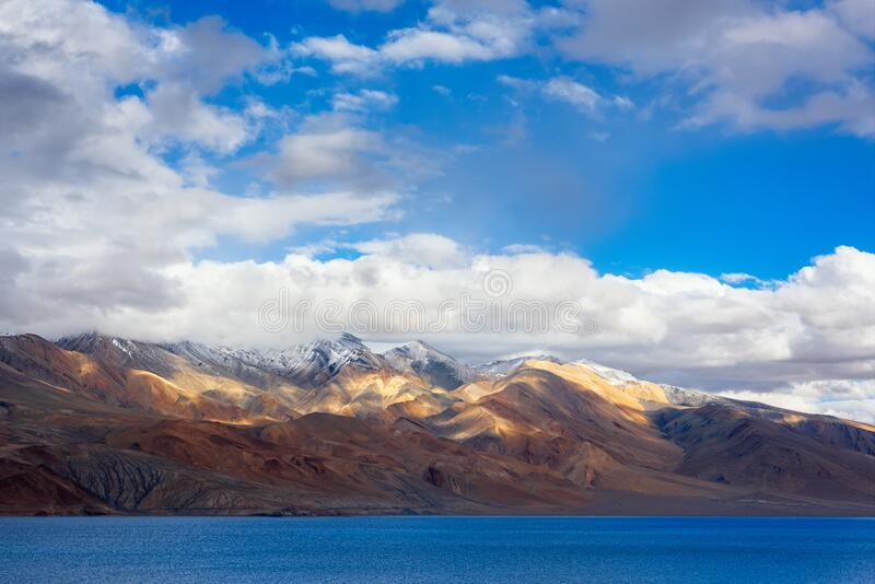 Widok na Tso Moriri Lake, Ladakh, indie zdjęcie royalty free