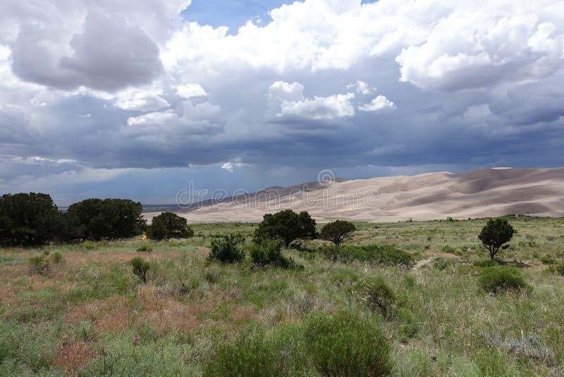 Widok na Wielkich piasek diunach Kolorado zdjęcia stock