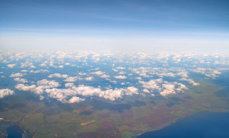 Widok na Ziemię z wysokości lotu i nieba fotografia royalty free
