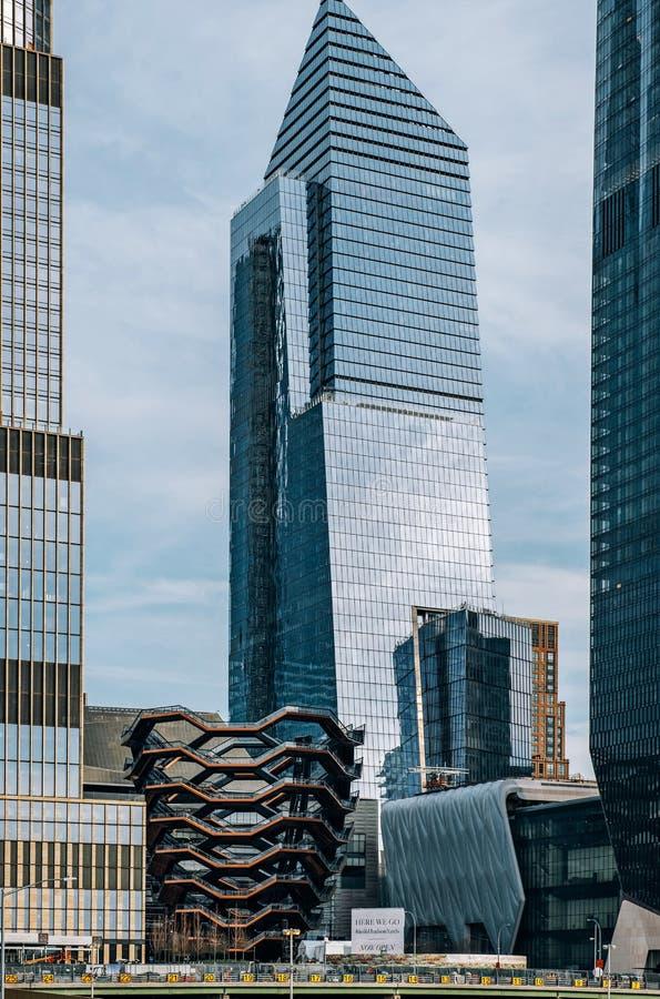 Widok naczynie i 10 Hudson jardów drapacz chmur w środek miasta Miasto Nowy Jork obraz royalty free