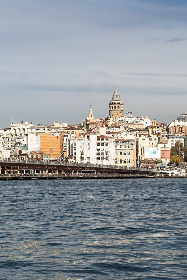 Widok nad Bosporus Galata wierza, Istanbuł, Turcja zdjęcia royalty free
