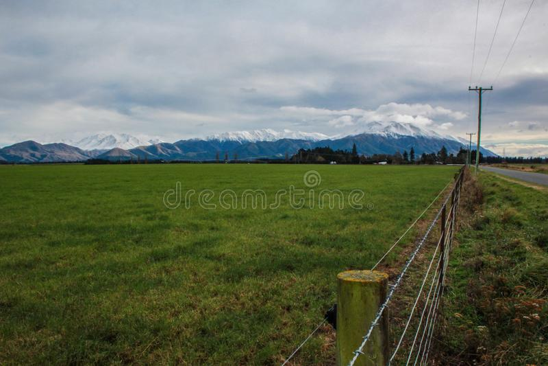 Widok nad górą Hutt od Methven wioski, Canterbury, Południowa wyspa, Nowa Zelandia zdjęcia royalty free