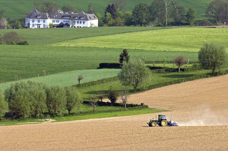 Widok nad górkowatym Limburg agrarnym krajobrazem zdjęcie stock