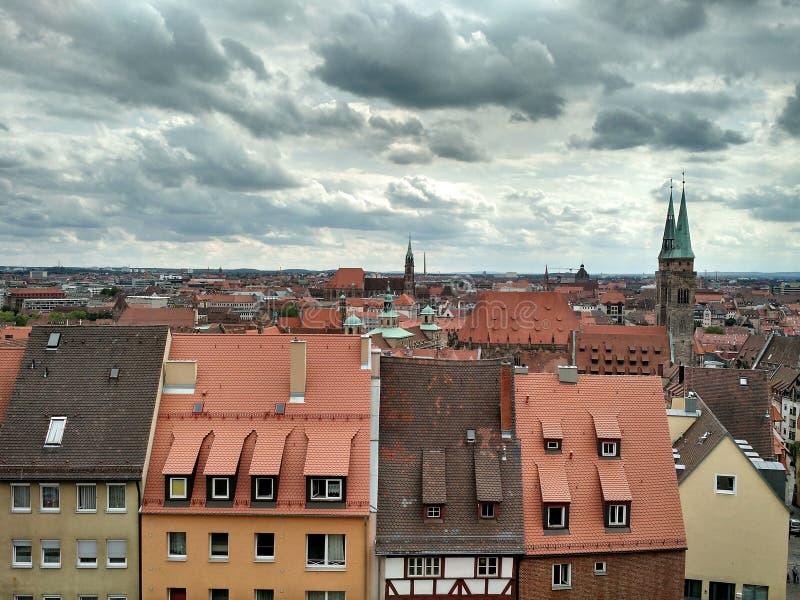 Widok Nuremberg stary miasteczko od ścian Nuremberg kasztel, Niemcy obrazy royalty free