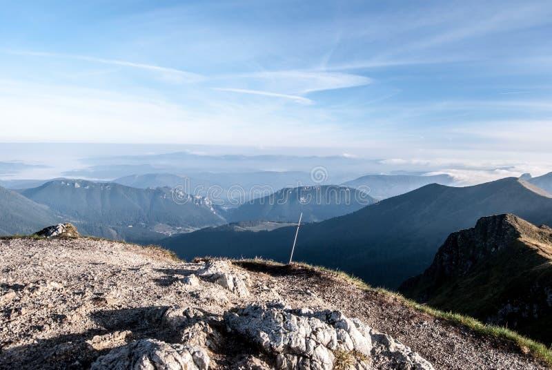 Widok od Chleba wzgórza w Mala Fatra górach w Sistani zdjęcia royalty free