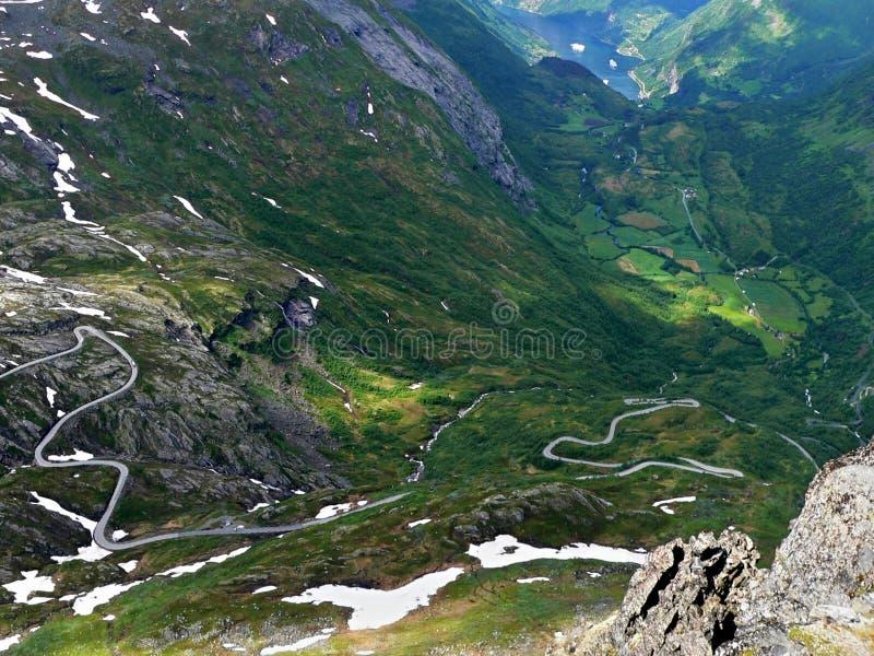 widok od Dalsniba Geirangerfjorden zdjęcia stock