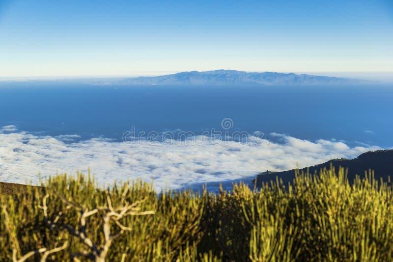 Widok od gór Tenerife wyspa wyspa los angeles Gomera obraz stock